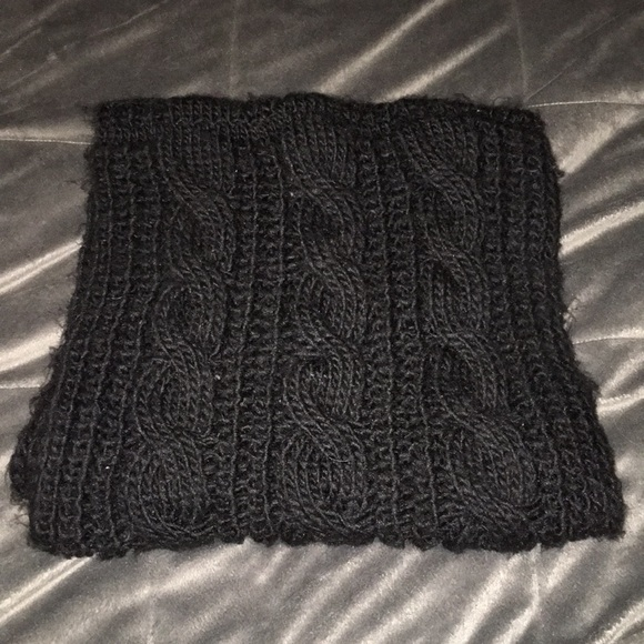 💥5/$20💥 Cable knit Infiniti Scarf.